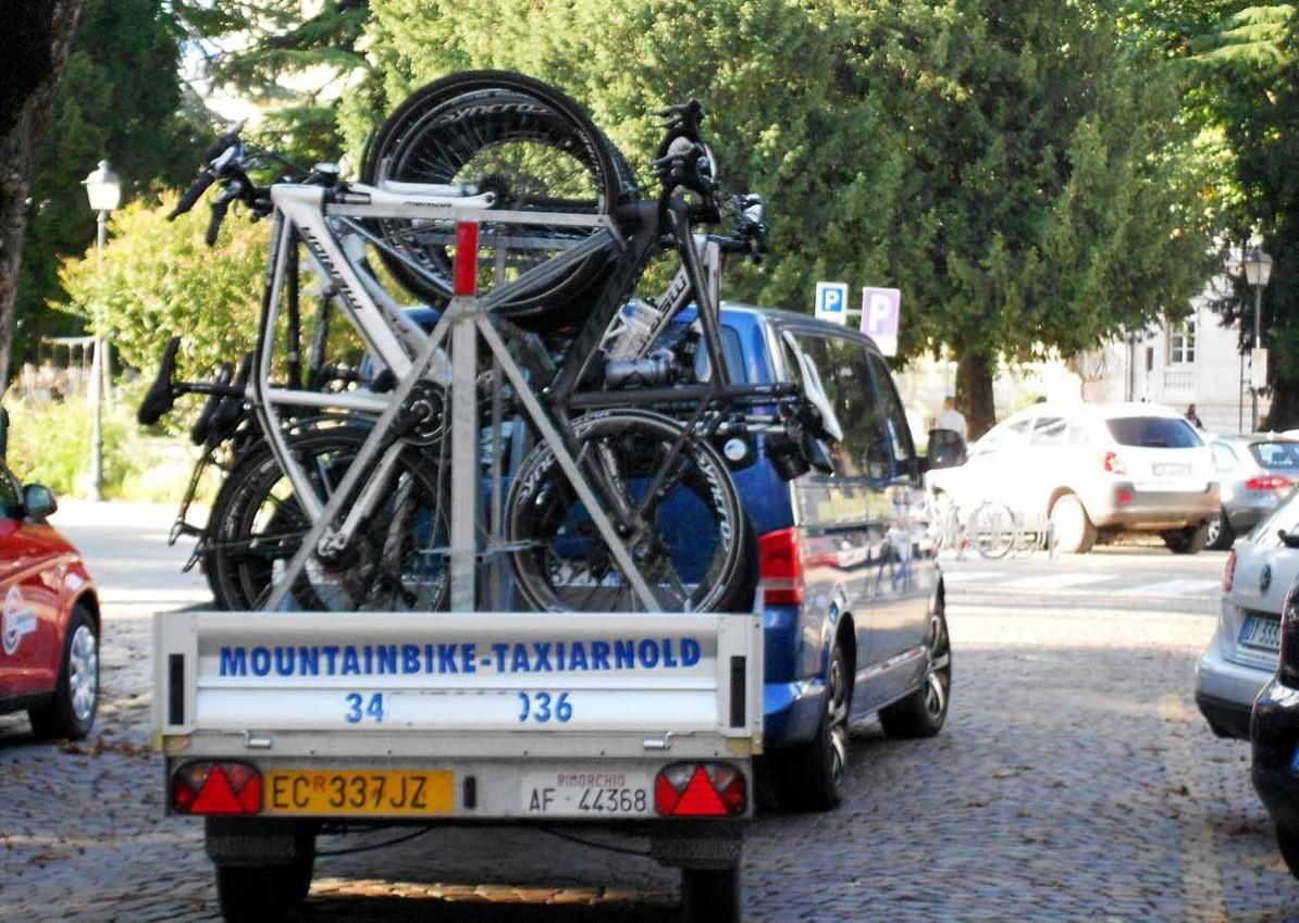 AUGUSTOUR Biketransfer