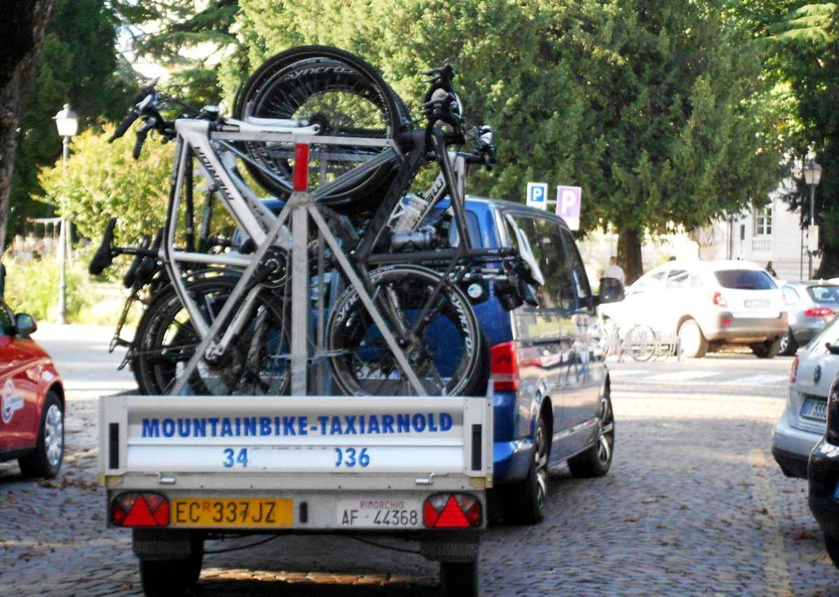 AUGUSTOUR Biketransfer